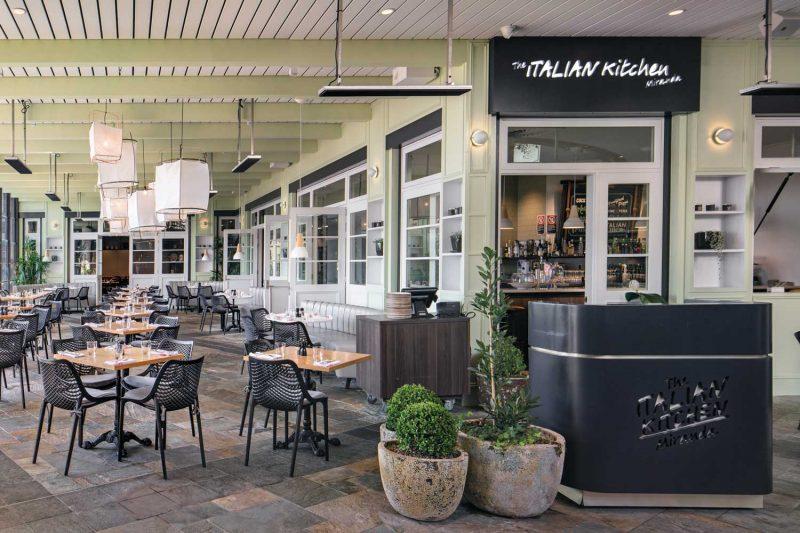 Wide shot of Italian Kitchen, design by Paul Kelly Design